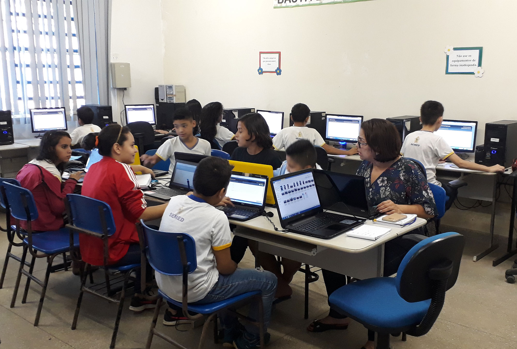 The impact of an online math learning platform on test scores and students using the khan academy platform during a math class in brazil photo liliane de moura caria lemann foundation falaconquin