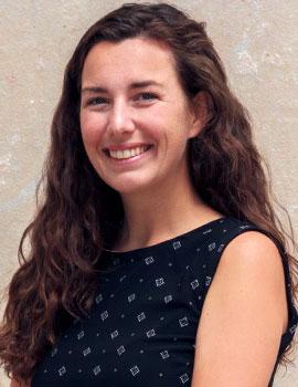 Headshot of Aprille Knox