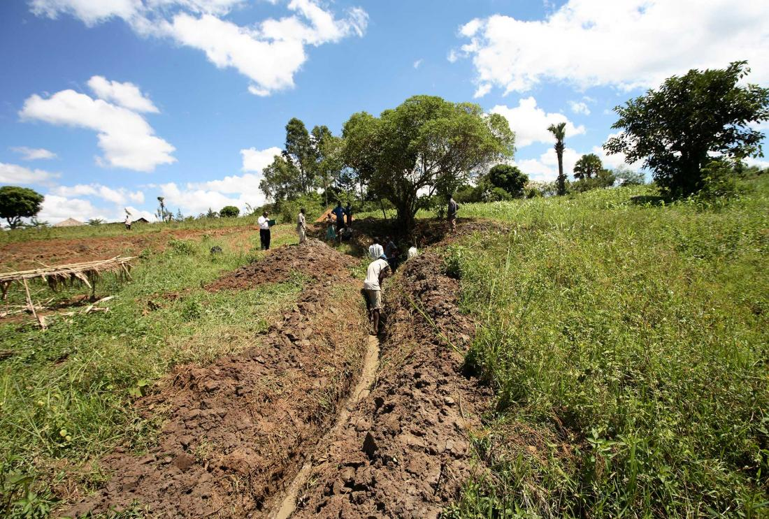 Introducing irrigation to central Kenya