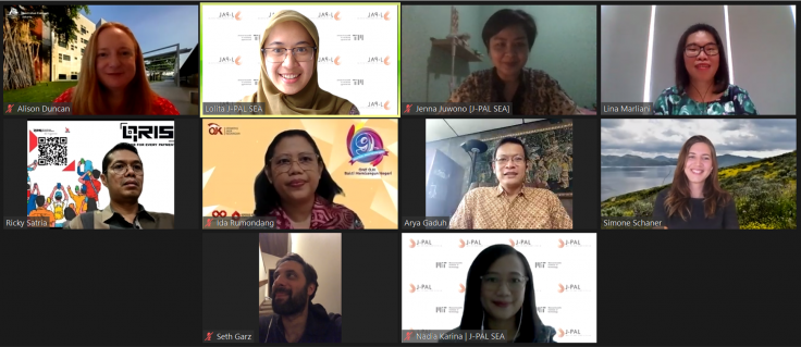 A screenshot of the speakers and moderators on Zoom